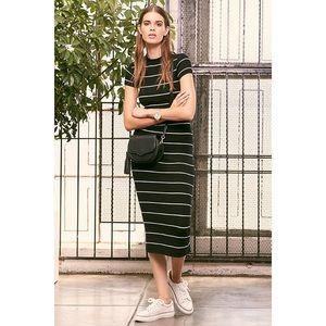 🆕 Black & White Striped Ribbed Midi Dress